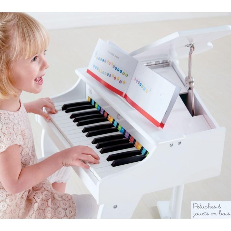 grand piano lectronique blanc marque hape a partir de 3 ans. Black Bedroom Furniture Sets. Home Design Ideas