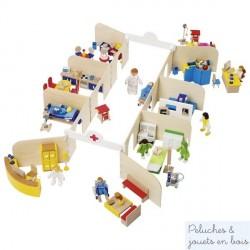 Grand Hôpital avec personnages et accessoires de jeu en bois Goki 51779