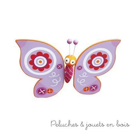 Mobile volant papillon en bois coloré thème bucolique