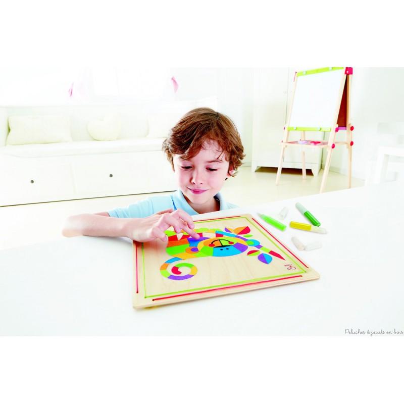 loisir cr atif art du sable cr e un singe color sur un tableau en bois. Black Bedroom Furniture Sets. Home Design Ideas