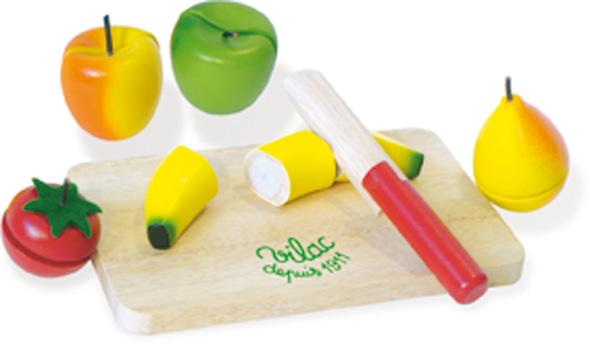 fruits et l gumes en bois d couper avec une planche et un couteau 7 pi ces de jouets en bois. Black Bedroom Furniture Sets. Home Design Ideas