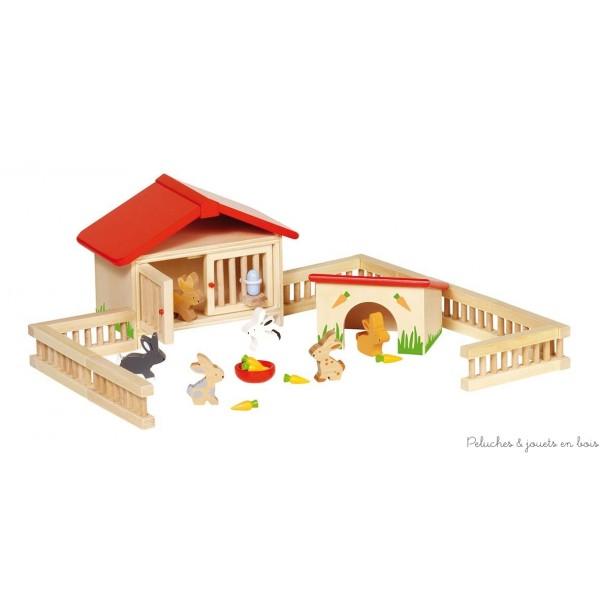 Un très joli clapier à lapin et ses accessoires en bois de la marque Goki. A partir de 3 ans+