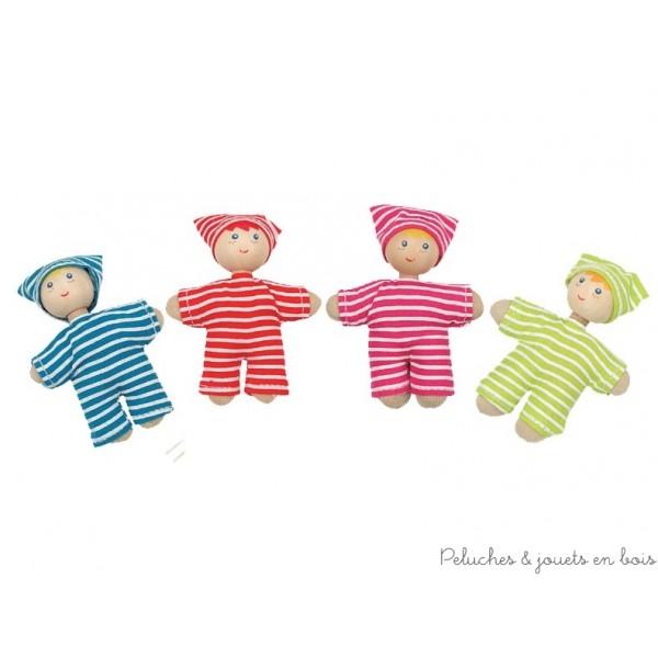 Bébé de la famille de poupée modèle vêtements à rayures de la marque hape, ce bébé complètera toutes les petites familles de poupée en bois. A partir de 3 ans+
