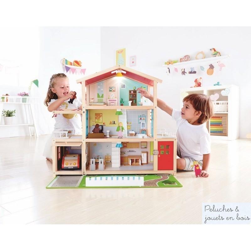 Très grande maison de poupée en bois meublée avec famille Hape E3405