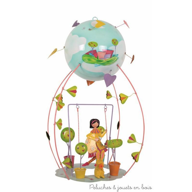 Ce mobile à suspendre sur le thème de la Fille balançoire, appelé Schlumpeter, est très original et plein de charme. Signé de la marque L'oiseau bateau, ce mobile de décoration en métal séduit les tout-petits, les enfants comme leurs parents. Une idée parfaite de cadeau de naissance ou pour fêter un anniversaire, pour décorer ou redécorer la chambre de bébé ou la chambre de son enfant.