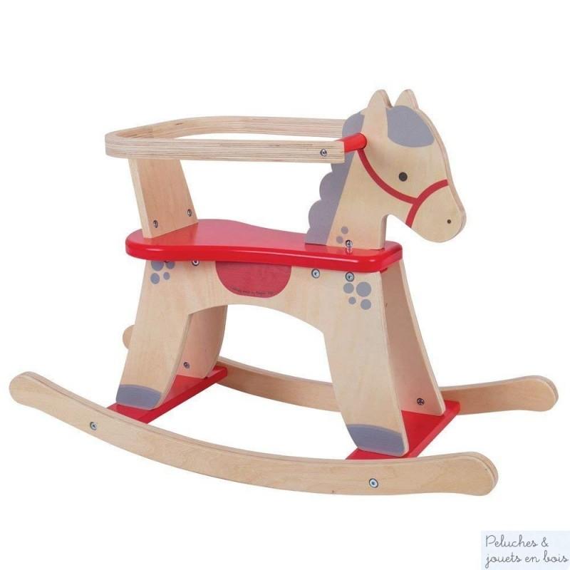 Voici un grand classique du jouet en bois, ce sympatique cheval à bascule en bois muni d'un arceau de protection amovible est signé Bigjigs. A partir de 1 an+
