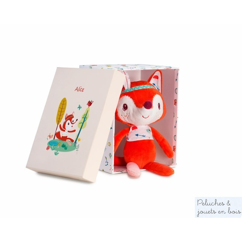 Une adorable peluche câline Alice la renarde de la marque Lilliputiens. elle fera un très beau cadeau grâce à sa jolie boite et sera très vite la meilleure amie de sa petite propriètaire. A partir de 0 mois+