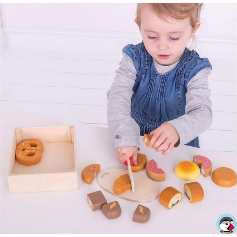 Caisse d'aliments à découper Pain et Patisseries jouet en bois Bigjigs