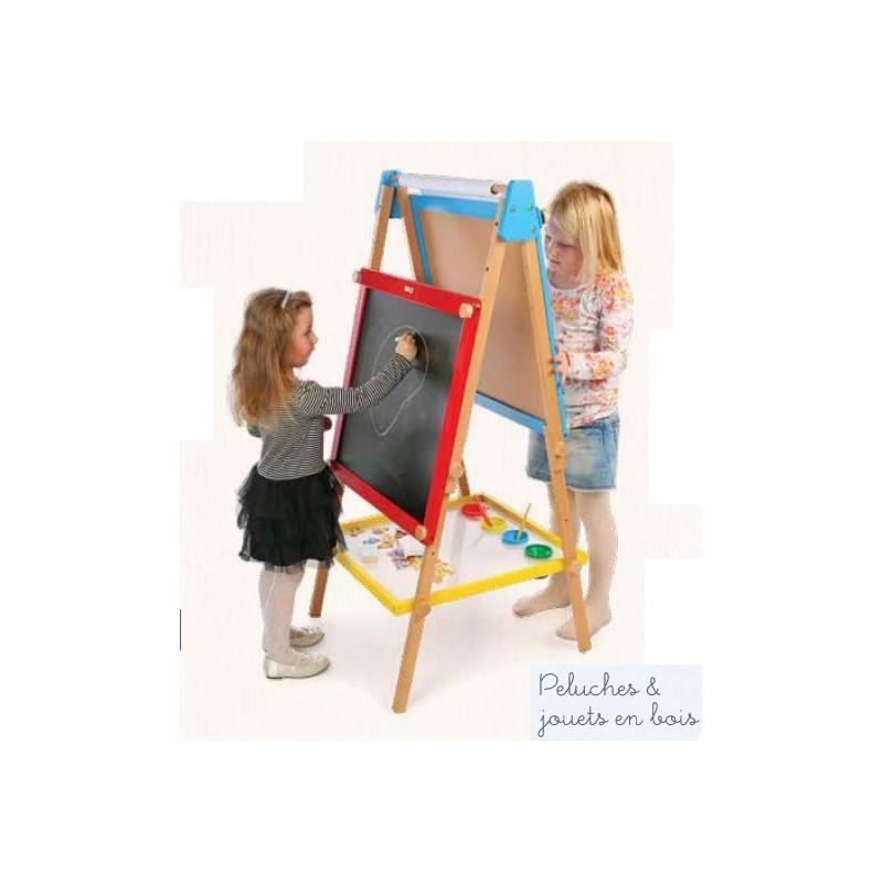 Grand chevalet double face dont les tableaux et les pieds sont réglables en hauteur, ce qui permet aux enfants d'âge différents de jouer simultanément. Ce grand tableau double face en bois est signé Tidlo avec face tableau noir et face blanche magnétique + des accessoires de dessin A partir de 3 ans+