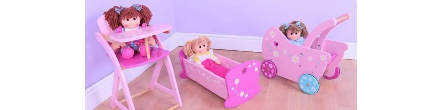 Landau, berceau, meubles et accessoires pour poupée
